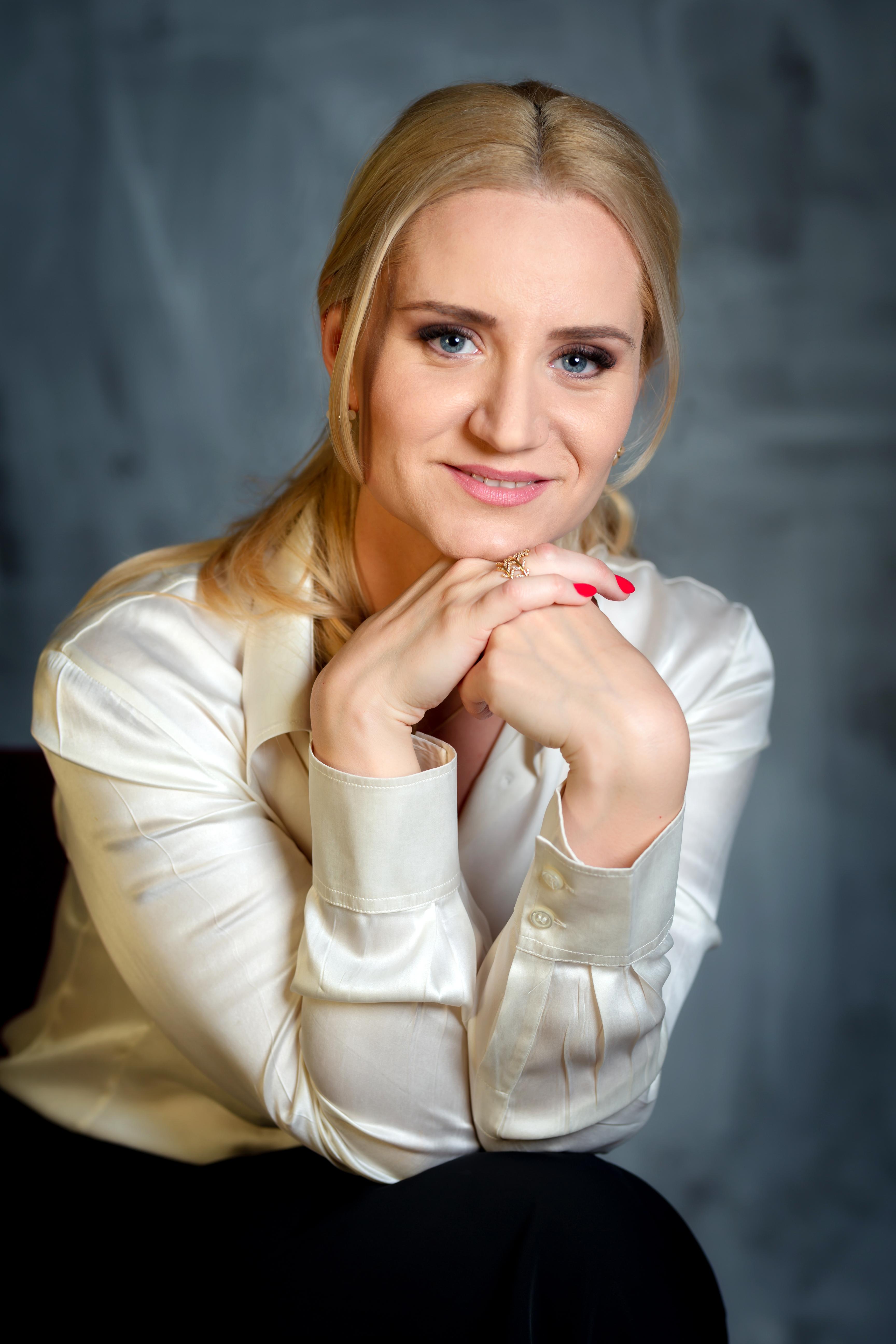 Ana Pantazescu psihoterapeut Profile Picture